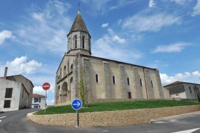 Eglise De Moutiers Les Mauxfaits